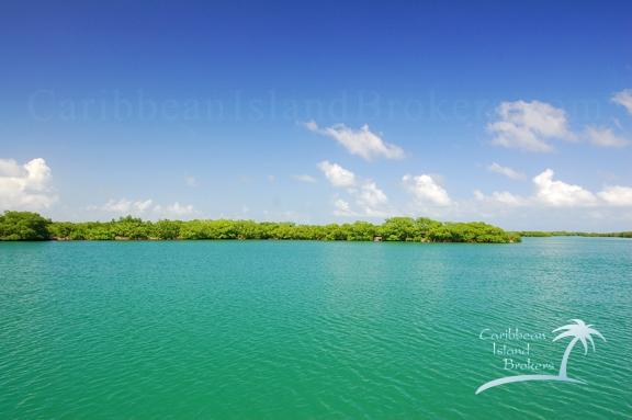 Horseshoe Caye, Island for sale