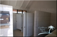 publich bathrooms inside